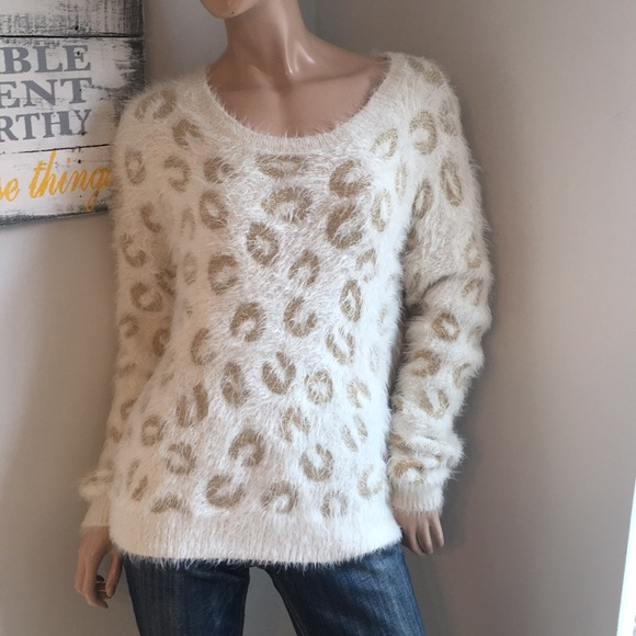 127eaa22f8 Apt 9 XL extra large furry sweater top cheetah NWT